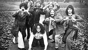 photo, Frank Zappa and The Mothers Of Invention, New York City, November, 1970