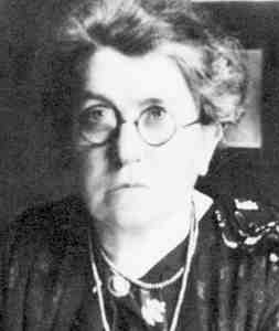 Photo of Emma Goldman in her late 50s or early 60s